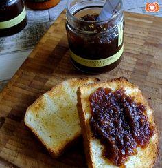 Cibulové čatní s chilli papričkou