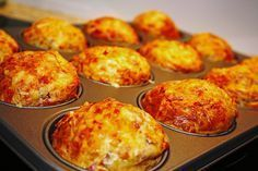 Brunch Recipes Ham and cheese muffins Muffin Recipes, Pizza Recipes, Grilling Recipes, Baking Recipes, Breakfast Recipes, Snack Recipes, Breakfast Pizza, Snacks Pizza, Party Snacks
