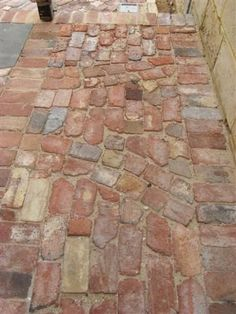 In general when you are landscaping a front yard you will have to use different principles and plant selection than … Brick Pathway, Brick Garden, Garden Paving, Stone Path, Garden Paths, Landscape Design, Garden Design, Landscape Bricks, Outdoor Walkway