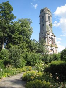 Pairi Daiza, ancienne abbaye de Brugelette à 15klm de Mons à découvrir lors de votre séjour dans la chambre des anges bleus.