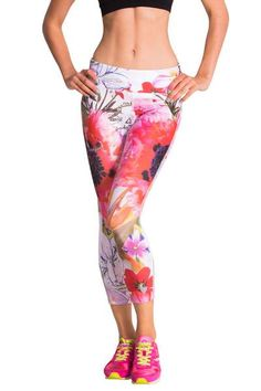 The city will blossom as you pass when you go running in these leggings. They're comfortable, breathable (especially behind the knee) and with a perfect fit that will leave you... wow! Exercise is to be enjoyed.