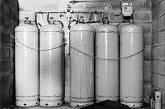 ガスタンク (Gas tanks)