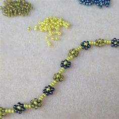 Stitch Pro: Stitching Daisy Chain - Inside Beadwork Magazine - Blogs - Beading Daily