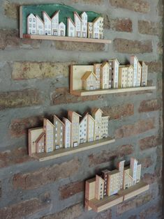 My Dad'd DIY wood works for tiny little houses Wood Block Crafts, Scrap Wood Projects, Wood Blocks, Craft Projects, Wooden Art, Wooden Crafts, Diy And Crafts, Arts And Crafts, Diy Y Manualidades