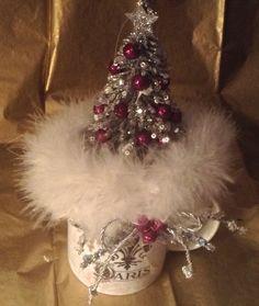 Paris cup with silver tree and fur Christmas Crafts, Fur, Paris, Silver, Fashion, Moda, Montmartre Paris, Fashion Styles, Paris France