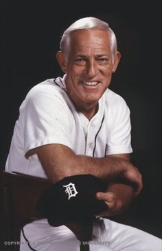 Sparky Anderson should be in a Cincinnati Reds uniform, when I married and moved from New Orleans. I was introduced to baseball. Loved that BIG RED MACHINE in the Cincinnati Reds Baseball, Detroit Tigers Baseball, Detroit Michigan, Detroit Lions, Pittsburgh Steelers, Dallas Cowboys, Best Baseball Player, Twins Baseball, Better Baseball