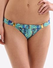 ViX Stone Bia Tube Pant - Multi Fit in to a tropical background with the Stone Bia Tube Pant from swimwear brand Vix with its luscious mix of greens and blues http://www.MightGet.com/january-2017-13/vix-stone-bia-tube-pant--multi.asp