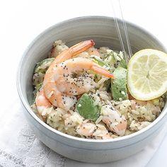 Sałatka z ryżem, awokado i krewetkami / Rice, avocado & shrimp salad