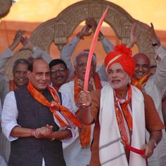 BJP chief Rajnath Singh hints at bigger role for Narendra Modi http://ndtv.in/WXXBkg