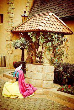 Snow White at her Wishing Well in Germany World Showcase pavilion at Epcot Disney Dream, Disney Love, Disney Magic, Disney Stuff, Disney World Vacation, Disney Vacations, Walt Disney World, Disney Pixar, Disney Art