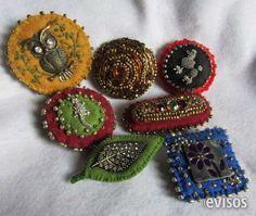 Broches ó Pins en fieltro bordados a mano...  Broches o Pins realizados sobre fieltro con aplicacio ..  http://santiago-city.evisos.cl/broches-o-pins-en-fieltro-bordados-a-mano-id-615511