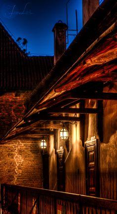 Tavern at the crossroads. by *oro-elui on deviantART