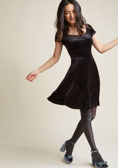 Scoop-Neck Velvet Skater Dress in Black Glitter in XXS - Sleeveless A-line Mini
