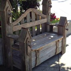 Garden bench Like our Facebook page! https://www.facebook.com/pages/Rustic-Farmhouse-Decor/636679889706127