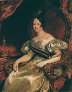"""D. Maria II foi uma rainha portuguesa, filha de D. Pedro IV de Portugal (D. Pedro I do Brasil). Nasceu no Rio de Janeiro em 4 de abril de 1819, tendo morrido em Lisboa, em 15 de novembro de 1853, quando dava à luz pela décima primeira vez. D. Maria II foi a segunda rainha reinante de Portugal, sendo trigésimo monarca português. Reinou entre 1834 e 1853, tendo ficado conhecida pelo cognome de """"a Educadora""""."""