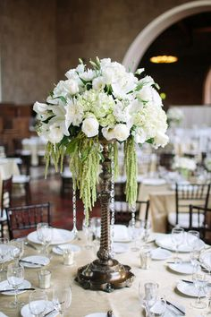 Classic Romance | #WeddingCenterpiece | Troy Grover Photographers