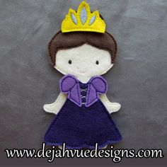 Princess outfit for felt dolls available at https://www.etsy.com/shop/SchoolhouseBoutique
