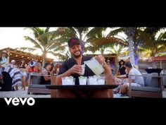 Luke Bryan - One Margarita (Official Music Video) Top 10 Country Songs, Country Music Playlist, Country Music Quotes, Country Music Videos, Country Music Artists, Country Music Stars, Country Hits, Country Men, Music Humor