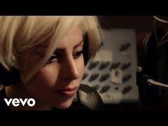 Tony Bennett, Lady Gaga - It Don't Mean A Thing (If It Ain't Got That Swing) - YouTube