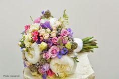 Flowers Garden Weddings: Wedding bouquets Wedding Bouquets, Floral Wreath, Wreaths, Garden Weddings, Flowers Garden, Home Decor, Homemade Home Decor, Flower Crown, Wedding Brooch Bouquets