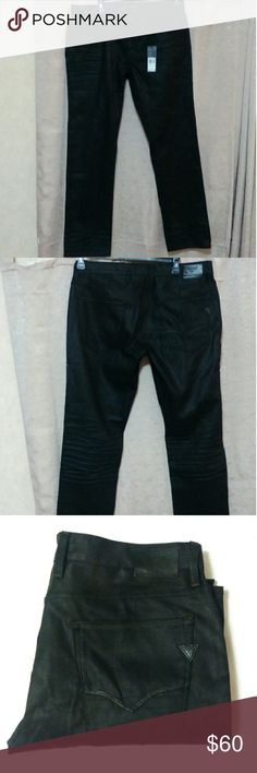 Guess Mens slim straight silencer wash jean 36x30 Very stylish and sleek jeans from Guess Los Angeles. Silencer wash is a shiny black. Slim fit, straight leg, low rise, 30 inch inseam. Guess Jeans Slim Straight