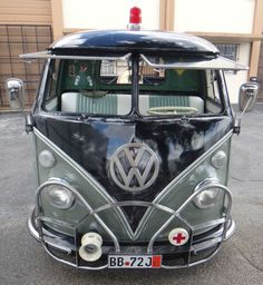 """1962 Volkswagen T2 pickup model 264 