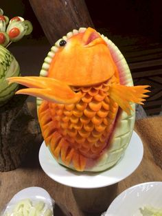 AaaVeee - fish or fruit Fruit Art, Maldives, Carving, Fish, Cake, Desserts, The Maldives, Tailgate Desserts, Deserts