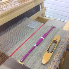 Kankaankudontaryhmissä kudotaan monenlaisia tekstiilejä: liinoja puuvillasta, pellavasta ja melkein mistä vaan.