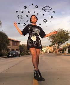 2 or Credit: ♡ ♡ ♡ ♡ ♡ ♡ – Fashion – Grunge Soft Grunge Outfits, Grunge Look, Art Grunge, Grunge Style, Tumblr Aesthetic Photography, Hipster Photography, Photography Poses, Instagram Photo Editing, Instagram Pose
