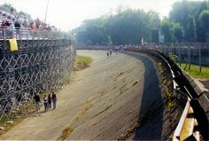 ITALY 2000 MONZA BANKING