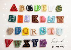 カラーがえらべる★アルファベットのブローチ