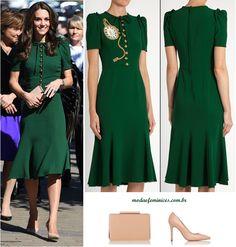 Princesa Kate Midetlon de vestido verde de crepe Dolce e Gabbana - green dress crepe Dg and shoes clutch LK Benett| http://modaefeminices.com.br/2017/02/09/mariana-ximenes-e-thassia-naves-copiam-o-look-da-princesa-kate-midetlon/