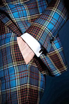 Spectacular: tartan suit by Gucci for Lapo Elkann. This my family tartan! Tartan Suit, Tartan Plaid, Blue Plaid, Sharp Dressed Man, Well Dressed Men, Tartan Fashion, Mens Fashion, Suit Fashion, Gothic Fashion