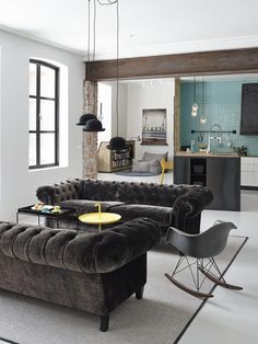 Which takes up less space in a living room: A. Two sofas facing each other OR B. A sofa and love seat arranged in the traditional L-shaped arrangement? And the answer is… A 2 sofas!!!!