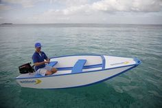 July 30, 2013 at 9:09 am Quickboat Folding Boat Can Assemble In Three Minutes
