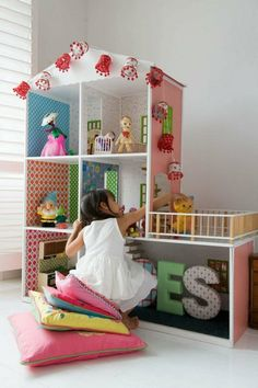 Doll house out of shelving? Love it!!