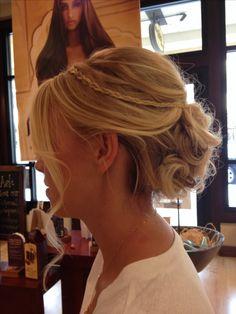 Bridesmaids hair for beach wedding