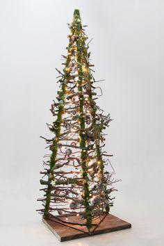 Driehoek Kerstboom verkrijgbaar op webshop www.decoratietakken.nl