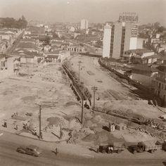 Praça das Bandeiras, construção, 1945. São Paulo do Passado