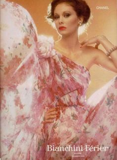 Chanel, Dressmakers — Images and vintage original prints Chanel Beauty, Chanel Fashion, Coco Chanel, Vintage Glamour, Vintage Chanel, Vintage Photography, Fashion Photography, Original Supermodels, 20th Century Fashion