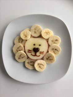 Banana and apple lion - Food Carving Ideas : Banana and apple lion - Cute Snacks, Fun Snacks For Kids, Cute Food, Good Food, Yummy Food, Fruit Snacks, Food Art For Kids, Cooking With Kids, Toddler Meals