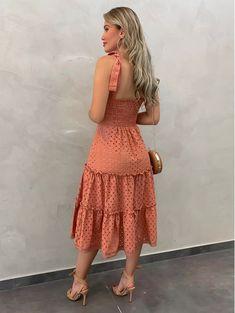 Frock Fashion, Boho Fashion, Girl Fashion, Fashion Dresses, Simple Dresses, Elegant Dresses, Summer Dresses, Casual Skirt Outfits, Casual Dresses