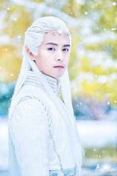 Ying Kong Shi looking beautiful.