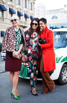 15 Outfits That Will Inspire You To Print Clash Right This Second | Use Your Negative Space