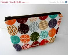 PRE-Holiday SALE 30% OFF Large Zipper Pouch Flat Bottom Eco Friendly Padded Summer Circles by JPATPURSES, $11.20