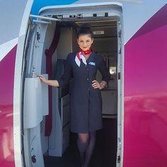 "824 Likes, 15 Comments - @cabincrewlifee on Instagram: ""✈✈ @jweeve ✈✈ #cabincrew #cabincrewlife #flightattendant #airhostess #aviation #flywithme #crewlife…"""