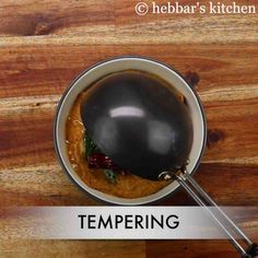 tomato pudina chutney | pudina tomato pachadi | tomato mint chutney Garlic Chutney, Tomato Chutney, Coconut Chutney, Pudina Chutney Recipe, Chutney Recipes, Saute Onions, No Calorie Foods, Food Categories