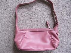 Pink Purse by Villager (a Liz Claiborne Co) - Free Shipping!     Price: $10.00