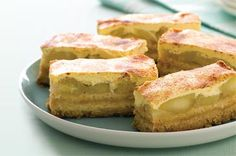 Use a clever shortcut to create these baked golden slices filled with warm apple, sour cream and cinnamon. Use a clever shortcut to create these baked golden slices filled with warm apple, sour cream and cinnamon. Apple Recipes, Sweet Recipes, Baking Recipes, Dessert Recipes, Apple Desserts, Baking Pies, Tea Recipes, Fruit Recipes, Seafood Recipes