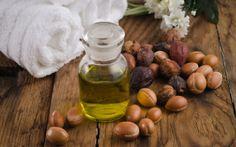 Quick Argan Skin Serum  Argan Oil – 10 ML Jojoba Oil – 10 ML Rosehip Oil – 20 ML Vitamin E Oil – 5 ML Tea Tree Essential Oil – A few drops Lavender Essential Oil – A few drops